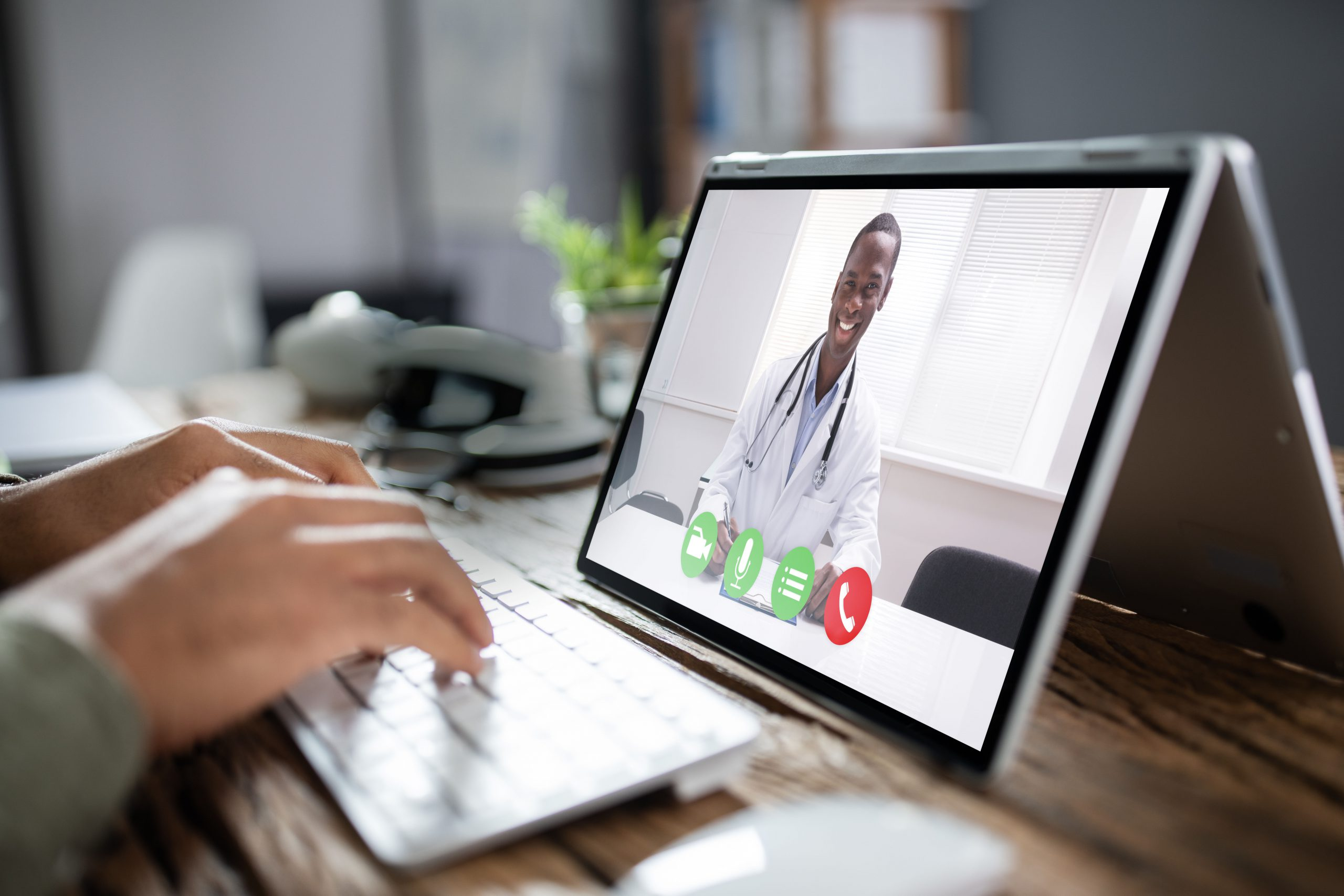 Balancing the pros and cons of telehealth